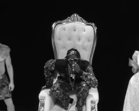 New Video 2 Chainz - Trap Check