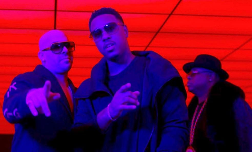 New Video Mally Mall (Ft. E-40 & Jeremih) - Physical