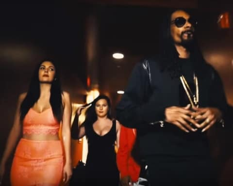 New Video Snoop Dogg (Ft. Kokane) - Doggytails