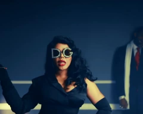 New Video Lil Kim (Ft. Fabolous) - Spicy