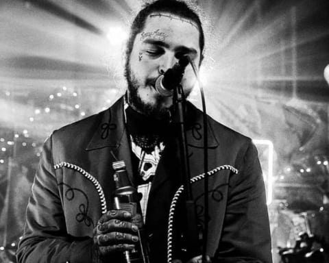 Post Malone's 'beerbongs & bentleys' Scores Biggest Opening Week of 2018