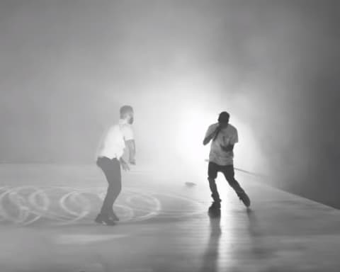 Watch Travis Scott Shares HD Footage of 'Sicko Mode' Performance with Drake in Toronto