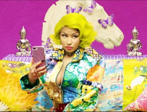 New Video BTS (Ft. Nicki Minaj) - IDOL