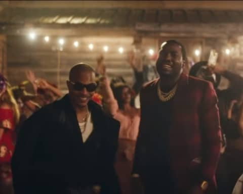 New Video T.I. (Ft. Meek Mill) - Jefe