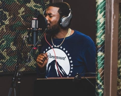 New Music Meek Mill - 'Oodles O'Noodles Babies' + 'Uptown Vibes (Ft. Fabolous & Anuel AA)'