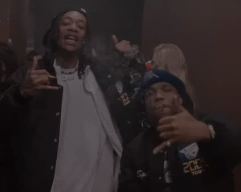New Video Wiz Khalifa & Currensy - The Life