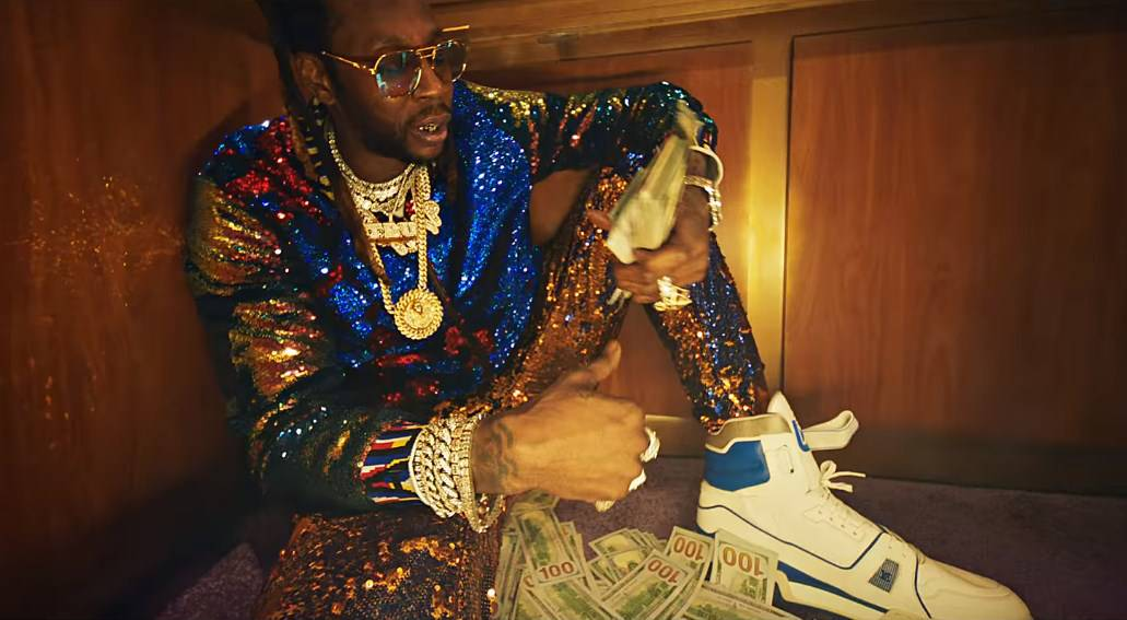 New Video 2 Chainz - Money In The Way