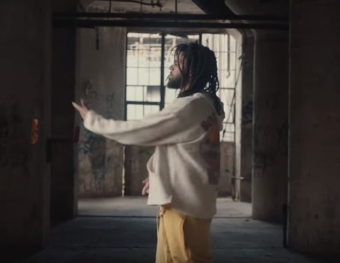 New Video J. Cole, EARTHGANG, Smino & Saba - Sacrifices