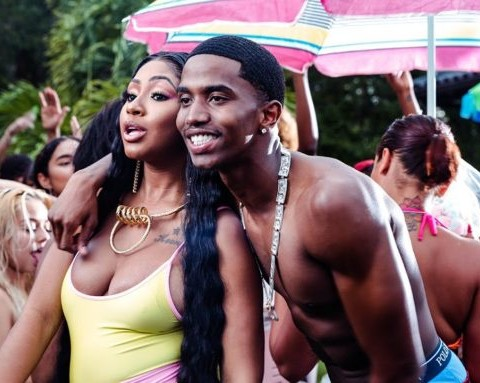 New Videos King Combs - Surf + The West