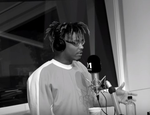 Watch Juice WRLD'S Unreleased 'Fire in the Booth' Freestyle